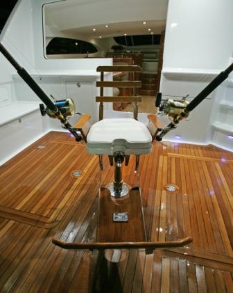 Game Chair - Vanquish.JPG