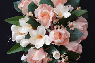 Peach Rose & Tropical Frangipani Trailing Bouquet