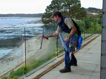 Window-Cleaning-HR