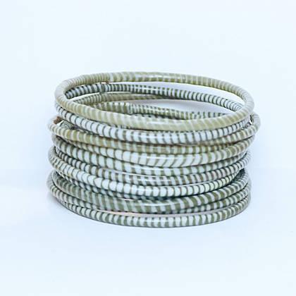 Jokko Bracelets from Mali Africa - set of 6 White / Chocolate